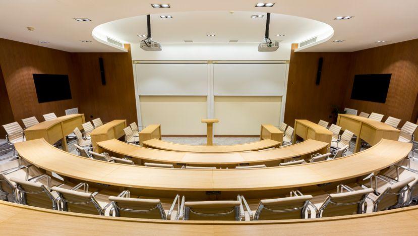 国际一流商学院级别设备