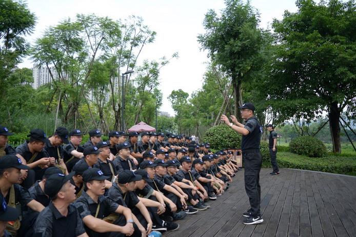 成都千赢国际城智慧服务集结退伍老兵 特别活动致敬八一
